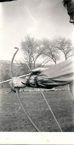 Harry Drake 1945 record bow