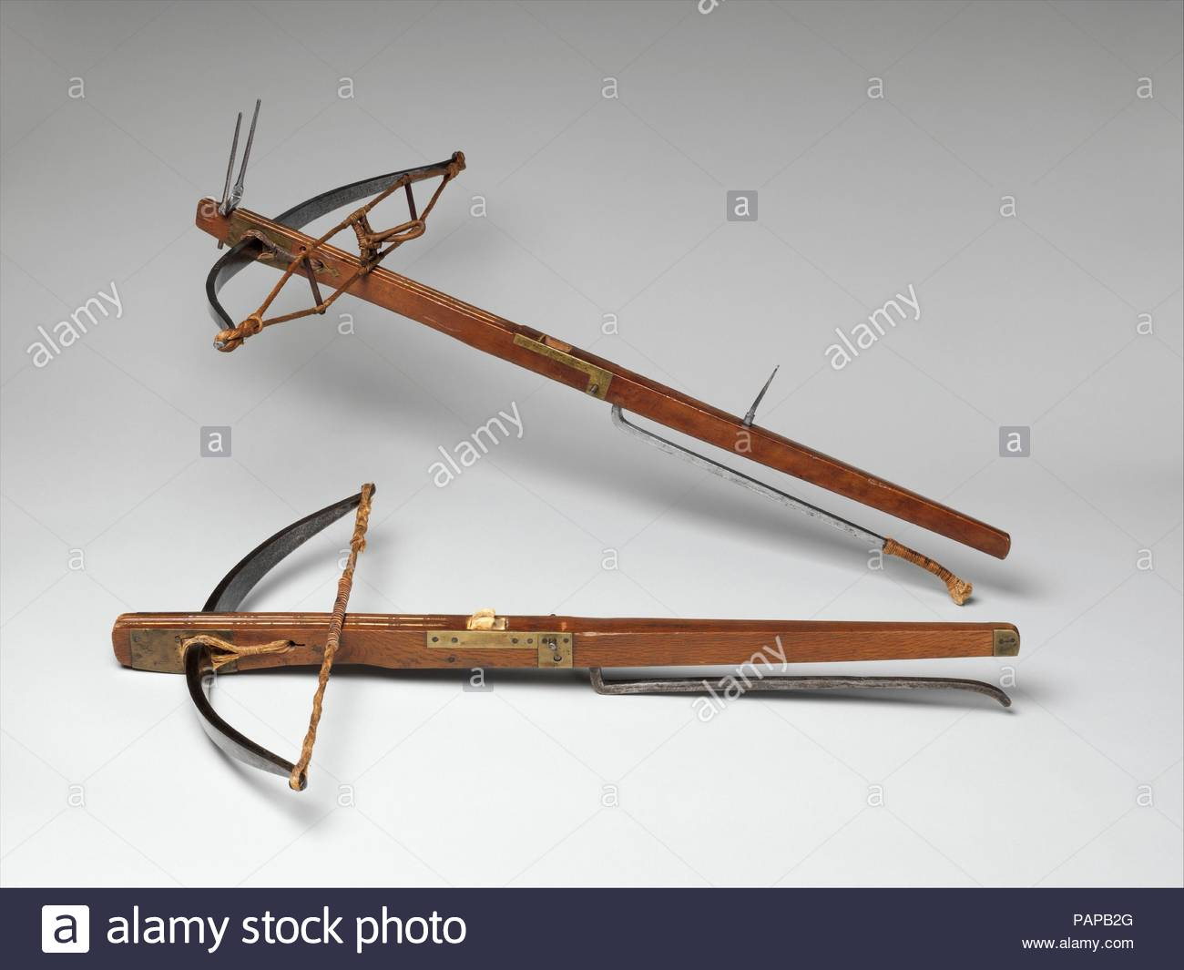 crossbow-with-spanning-lever-culture-spanish-possibly-valencia-or-toledo-lever-possibly-madrid-dimensions-crossbow-l-32-58-in-829-cm-w-21-12-in-546-cm-wt-6-lb-2726-g-spanning-lever-l-extend