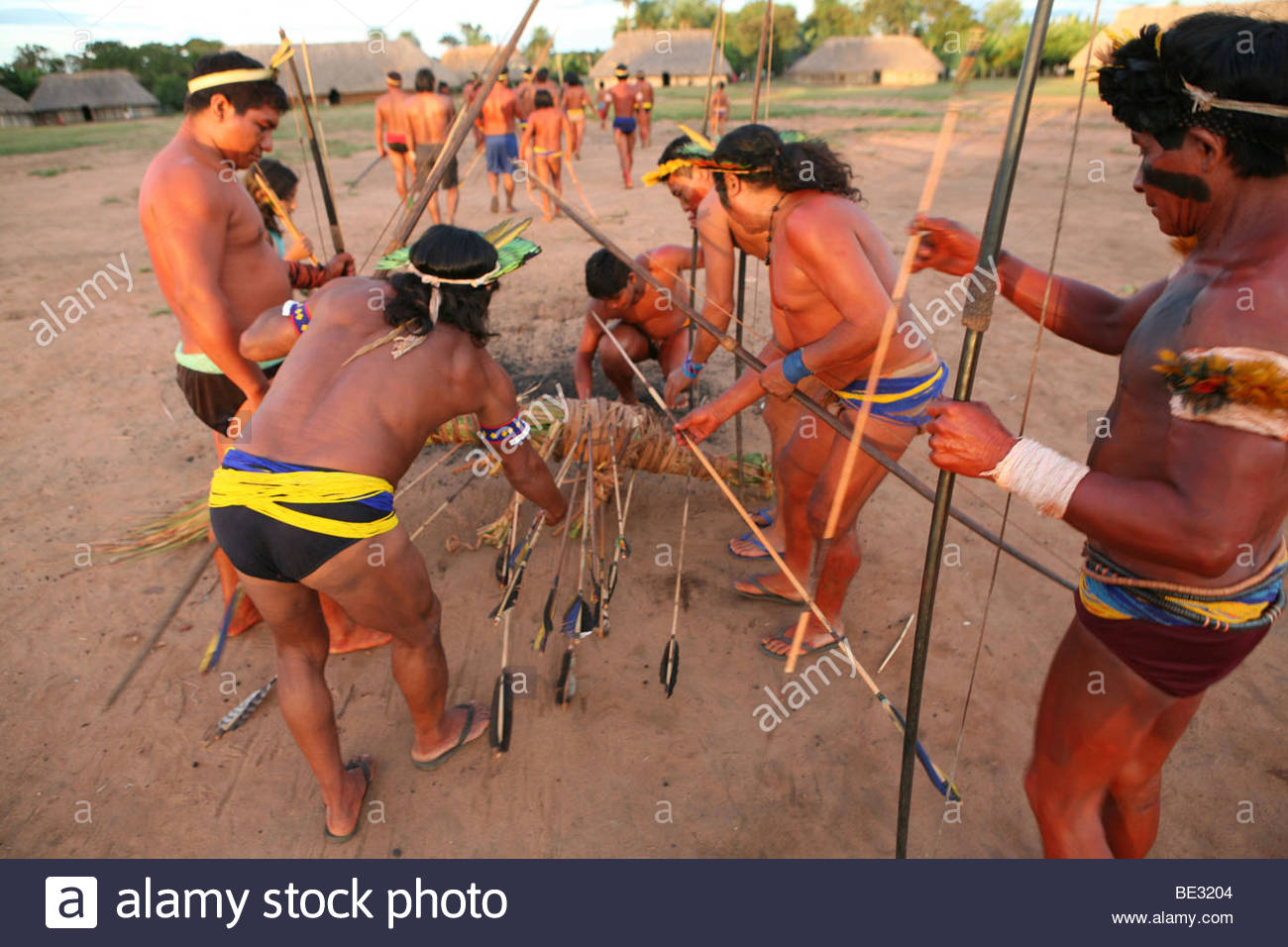 the-xingu-indian-in-the-aamzone-brazil-love-bow-and-arrow-competition-BE3204